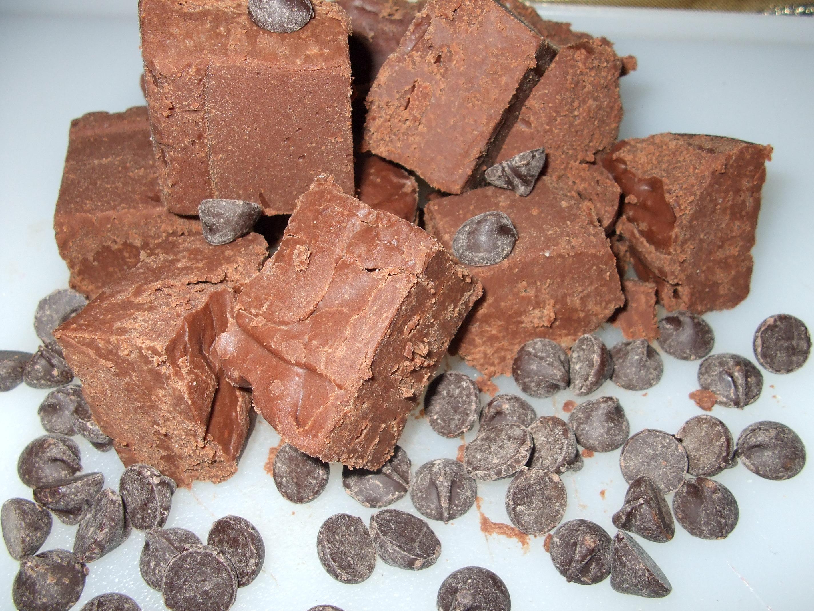Perfect old fashioned chocolate fudge 45